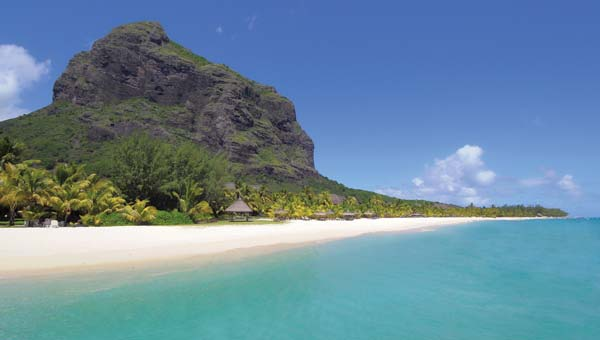 Dinarobin Location at the foot of Le Morne mountain